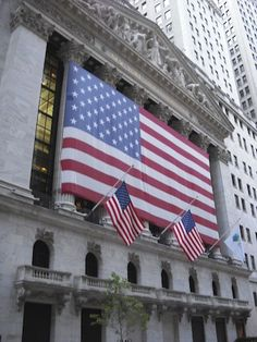 Order as Art: Stars, Stripes and The Stock Market