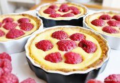 Tartaletka z kremem pâtissière i malinami