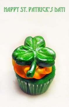 St. Patrick's Day Clover Cupcake