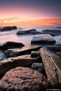 http://www.yocomprotucompras.com/ Light on Rocks