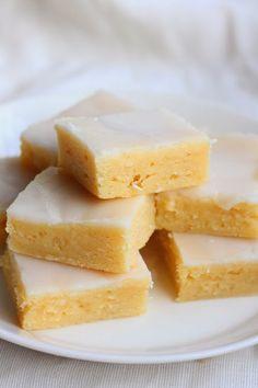 Suklaapossu: Tahmeat sitruunabrowniet / Sticky Gooey Lemon Brow...
