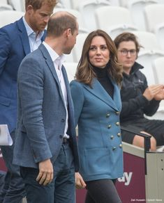 Kate Middleton wearing her blue coat in London today
