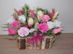 Aranjament cu flori colorate Glass Vase, Floral Wreath, Wreaths, Home Decor, Floral Crown, Decoration Home, Door Wreaths, Room Decor, Deco Mesh Wreaths
