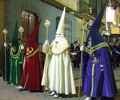 tio Spanish: Semana Santa en Sevilla, Cultura española