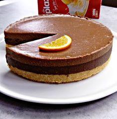 Fashion and Lifestyle Fudge Recipes, Cupcake Recipes, Baking Recipes, Dessert Recipes, Brze Torte, Kolaci I Torte, Posne Torte, Keto Chocolate Cake, Chocolate Desserts