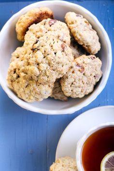 Zdravé ovsené sušienky Cookies, Desserts, Food, Crack Crackers, Tailgate Desserts, Deserts, Biscuits, Essen, Postres