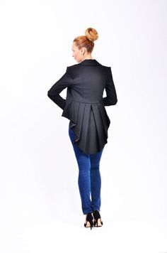 Mina is a unique and elegant jacket wearable with select occasions. it has a romantic and feminine look that brings personality to your frame.