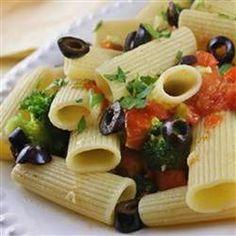 Broccoli n Tomato Pasta, photo by naples34102