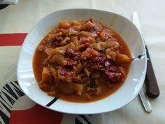 Tiznao Manchego con Bacalao. #recetas #recetascaseras #cocinaencasa #comersano Barbacoa, Chili, Soup, Beef, Homemade Recipe, Cod, Homemade, Meat, Barbecue