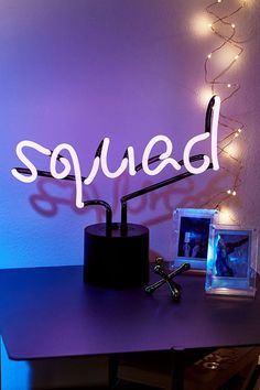 Squad Neon Table Lamp - Urban Outfitters