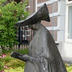 Character Development, Garden Sculpture, Bronze, Street, Outdoor Decor, Home Decor, Sculptures, Stones, Interior Design