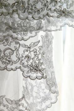 #lace #wedding #love #ashleyraephotography ©Ashley Rae Photography
