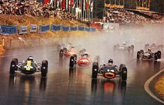 vintage open wheel racing, in the rain