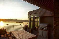 Modern waterfront property boasts small footprint in Port Washington