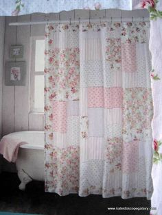 country shower curtains sets and country style bathroom rh pinterest com beach cottage style shower curtains cottage style shower curtain ideas