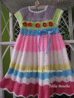 Vestido em crochet para menina (3 anos) http://magiadocrochet.blogspot.com