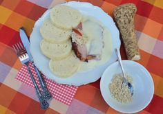 Z maminčina receptáře: Křenová omáčka pro opravdové fajnšmekry Czech Recipes, Ethnic Recipes, Stew, Pork, Ice Cream, Cheese, Breakfast, Kale Stir Fry, No Churn Ice Cream