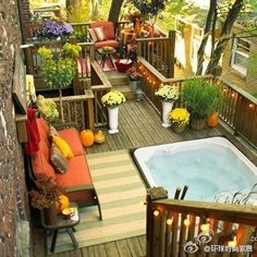 want this! hot tub on the sundeck