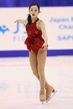 Beautiful Japanese Girl, Beautiful Asian Girls, Kim Yuna, Ice Skating, Figure Skating, The Sporting Life, Lennon And Mccartney, Medvedeva, Beautiful Athletes