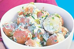 A simple potato salad that packs a punch of flavour. Made for christmas lunch Beef Soup Recipes, Herb Recipes, Cooking Recipes, Salad Recipes, Vegetarian Recipes, Southern Style Potato Salad, Creamy Potato Salad, Christmas Lunch, Xmas Dinner