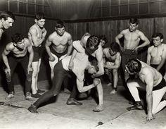 Wrestling Club (1910)