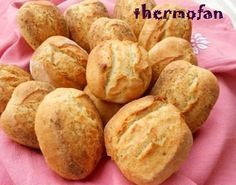 Panets amb THM i manual Biscuit Bread, Pan Bread, Cooking Bread, Cooking Recipes, Thermomix Pan, Tapas, Pan Rapido, Bread Pudding With Apples, Spanish Desserts