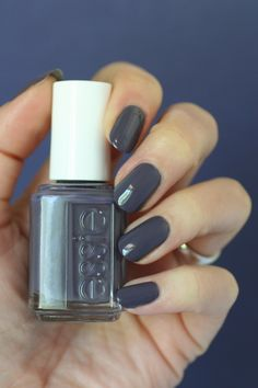 Essie Winning Streak : Swatches & Comparisons | Essie Envy