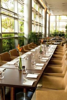 Grand Hyatt Sao Paulo - It is 15 minutes' drive from Congonhas Airport and 50 minutes from Guarulhos international airport . Rooms feature an extensive work area, cutting-edge in-room technology and spacious bathroom with invigorating rain shower and deep soaking tubs .