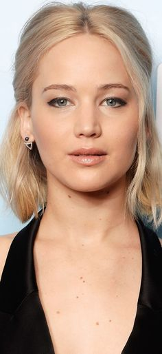 So so pretty! Very natural! Love this look ..rh
