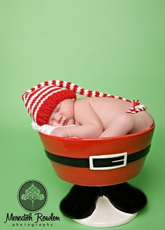 KNITTING PATTERN for Baby Christmas Hat by MadAboutColorPattern, $6.00