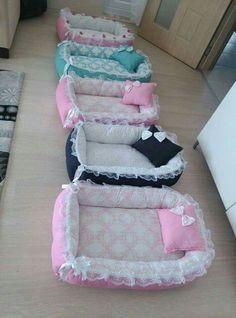 cama de perro con encaje