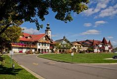Bavarian Inn Lodge in the Fall - Frankenmuth, Michigan Best Vacation Spots, Best Vacations, Vacation Ideas, Frankenmuth Bavarian Inn, Frankenmuth Michigan, Saginaw Valley, Road Trip Destinations, Christmas Town, Places To See