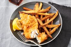 While it was pickerel we feasted on for our shore lunch at Hatchet Lake, Sask., any white freshwater fish will do for this classic fish-fry. There is more batter than needed, but it makes it easier to dip the fish. Pickerel Recipes, Walleye Recipes, Fish Recipes, Seafood Recipes, Cooking Recipes, Cooking Ideas, Beer Batter Recipe, Canadian Living Recipes, Beer Battered Fish