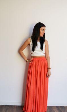 Maxi jupe longue corail taille haute, fluide et plissée tendance été style bohème : Jupe par menina-for-mathis