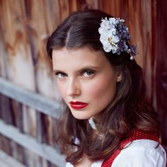 """Hairclip """"Greta"""" perfects your Octoberfest hairstyle. Oh so lovely. by Schönes Fräulein"""
