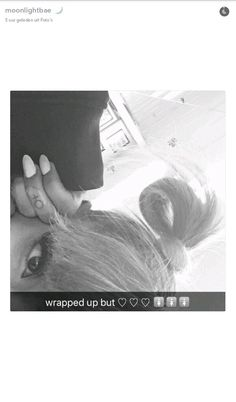 @arianagrande63 i love this hairstyle so much! it looks so cute and pretty on ariana ♡