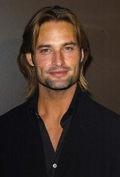 Josh Holloway as Sawyer on Lost. Love the way he looks intensely at everyone. Gorgeous Men, Beautiful People, Serie Lost, Josh Holloway, Man Crush, Dimples, American Actors, Sexy Men, Hot Men