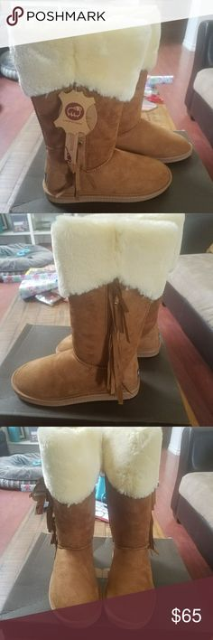 NIB Lamo Chesnut Fleece Fringe Boots Size 7 New in box and with tags! Lamo Fleece Fringed Boots. Size 7. Chestnut colored. Logo on back of heels. Box is slightly beat up from shipping.   Sorry - No Trades. From a smoke-free home. Bundle and Save! Lamo Shoes Winter & Rain Boots