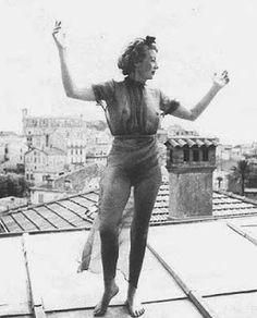 LES MAMELLES DE TIRESIAS: EILEEN AGAR (1899-1991)