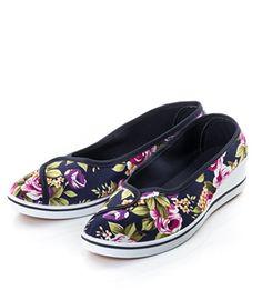 Espadrile dama ieftine cu flori Shoes, Fashion, Moda, Zapatos, Shoes Outlet, Fashion Styles, Shoe, Footwear, Fashion Illustrations