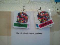 Okay, het idee komt van pinterest, maar ook op een Nederlandse school werkt het! Plaatjes met namen aan een ringetje en nooit meer de discussie dat de één vaker aan de beurt is dan de ander...
