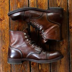 Red Wing Iron Rangers. Great boot for urban or outdoor use. Yes please!