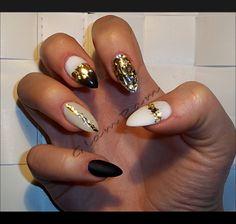 black&beige&white&gold nails