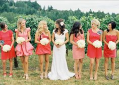 Ombre wedding ~ Coral bridesmaid's dresses Different Bridesmaid Dresses, Coral Bridesmaids, Wedding Bridesmaids, Bridesmaid Color, Bridesmaid Ideas, Bridesmaid Pictures, Summer Wedding, Dream Wedding, Trendy Wedding
