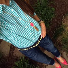 Straight hair, jeans, a boyfriend shirt, and pops of color #ootd