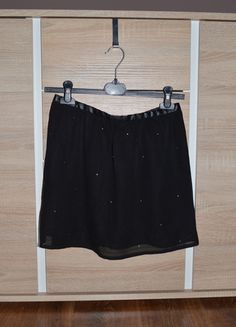 Kup mój przedmiot na #vintedpl http://www.vinted.pl/damska-odziez/spodnice/11094458-spodniczka-mgielka-reserved-36