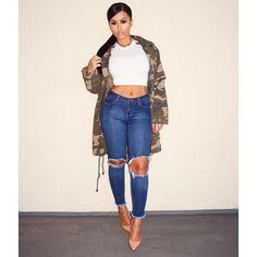 #TheOtherNight #CamoSeries  Top & Jeans @hotmiamistyles Coat @nastygal Shoes @tonybianco  #glamrezy