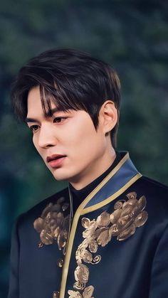 Korean Celebrities, Korean Actors, Heo Joon Jae, Legend Of Blue Sea, Korean Drama List, Lee Min Ho Photos, Good Looking Actors, Dream Boyfriend, Kim Go Eun