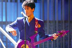 """Prince, the """"Purple Rain"""" star is pictured Feb. 8, 2004. PHOTO: GETTY IMAGES"""