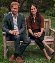 Prince Harry And Megan, Harry And Meghan, Meghan Markle, Movie Couples, Influential People, Royal Fashion, Women's Fashion, Duke And Duchess, Celebs